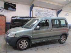 53 03 Peugeot Partner Comb Escapade
