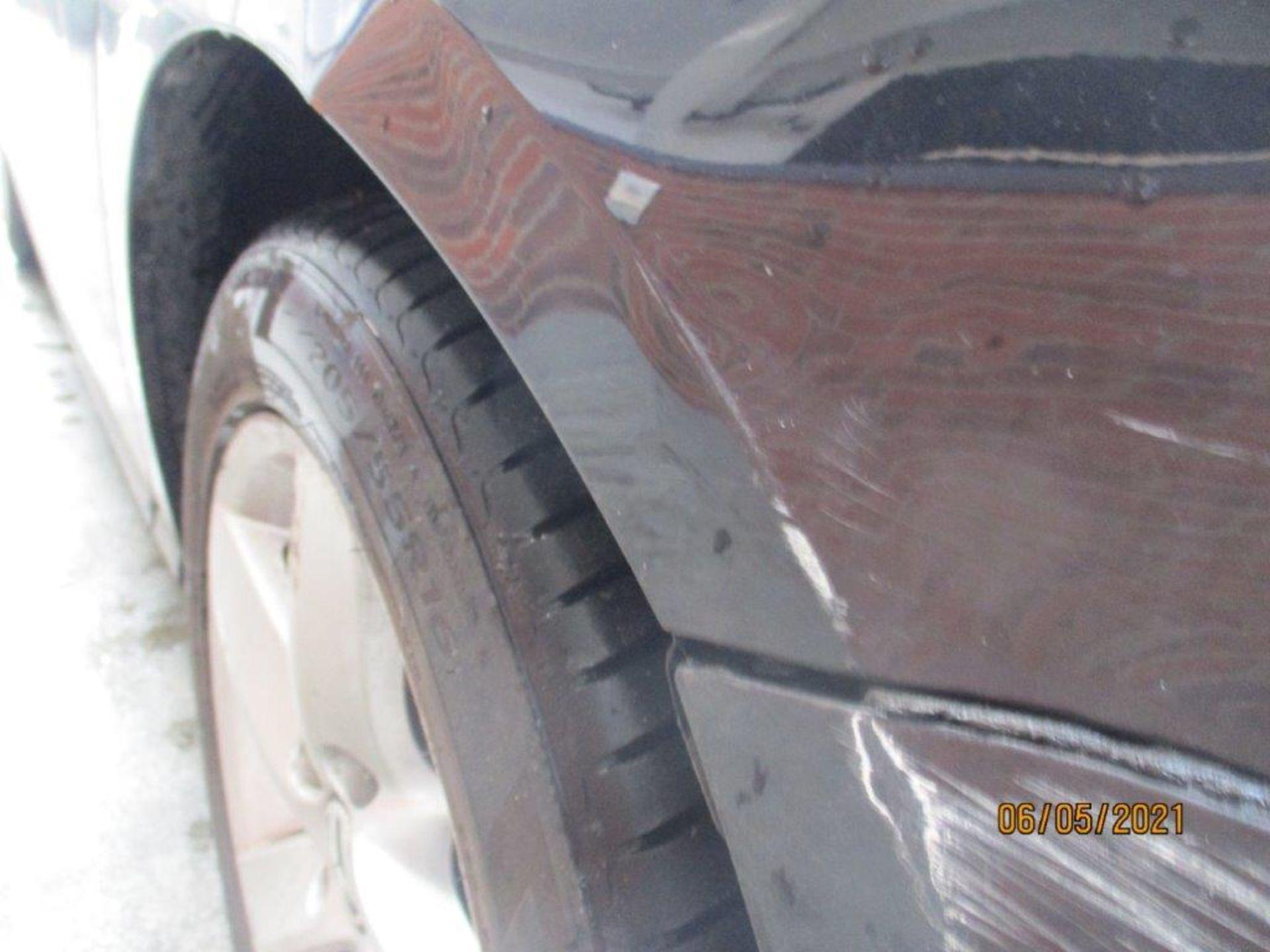 13 13 VW Passat S Bluemotion Tech - Image 10 of 29