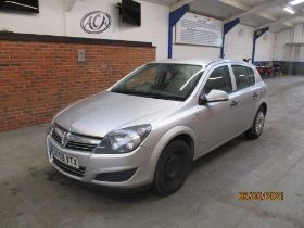 10 59 Vauxhall Astra Life