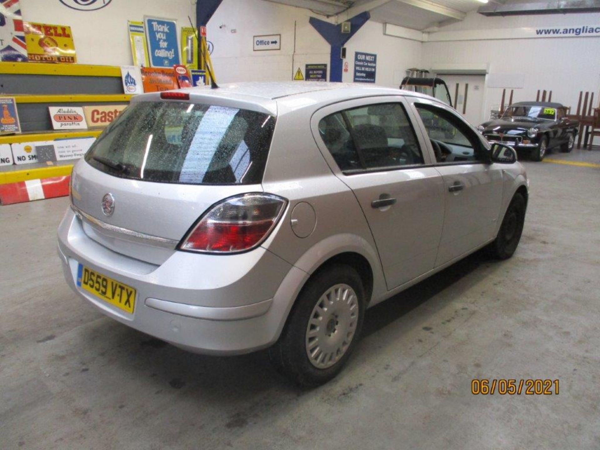 10 59 Vauxhall Astra Life - Image 6 of 14