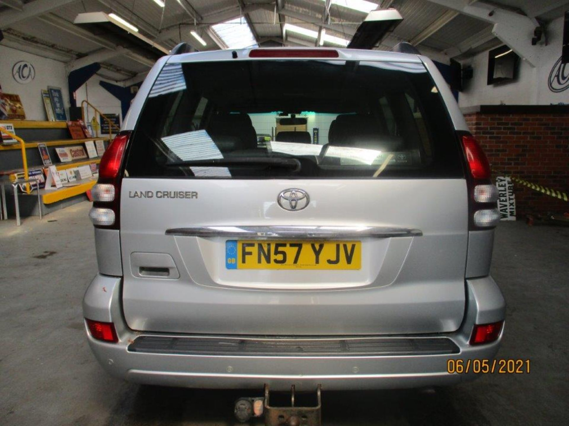 07 57 Toyota L/Cruiser LC4 D 4D - Image 3 of 32