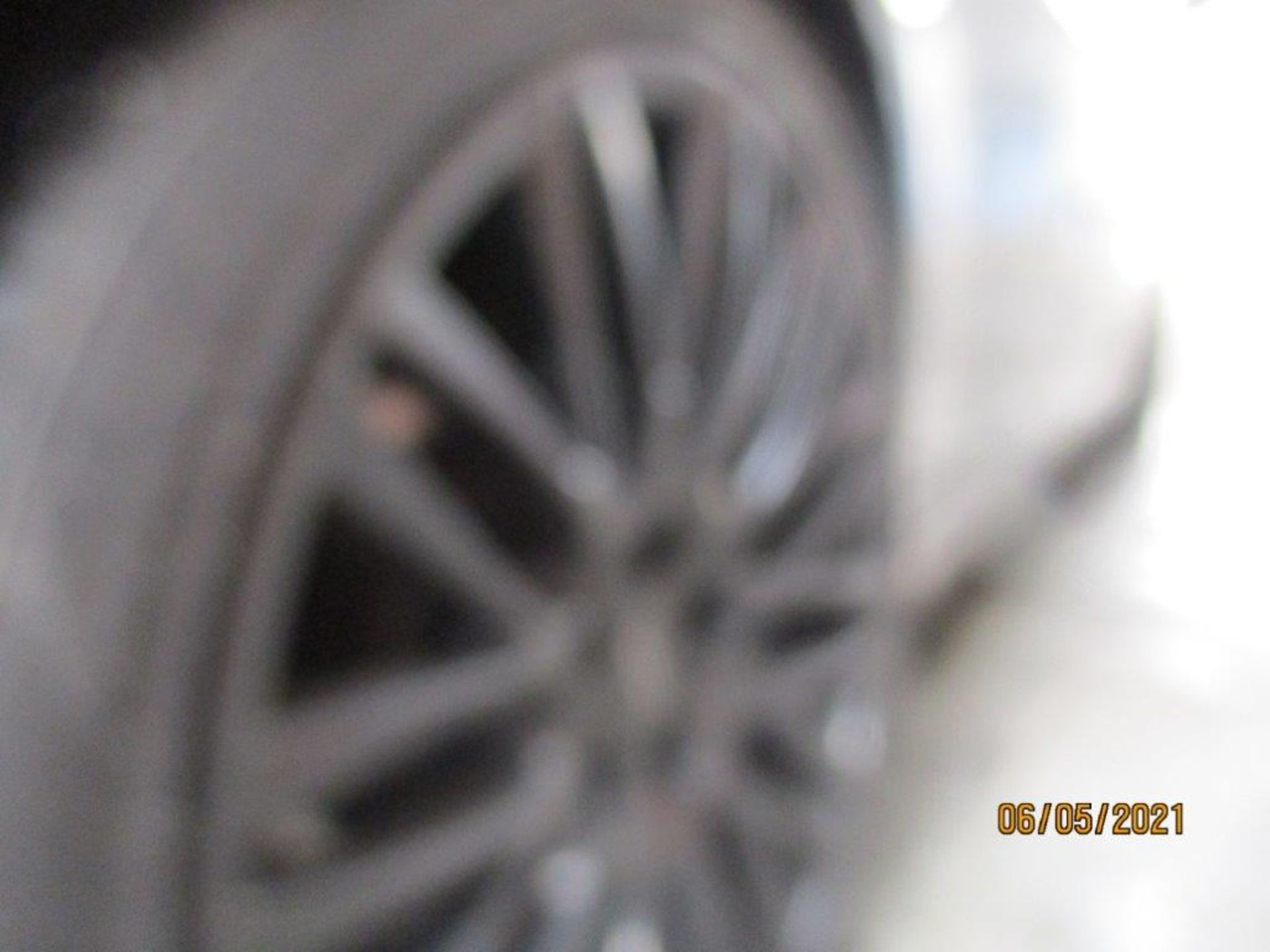 06 06 BMW 730 D Sport Auto - Image 15 of 23