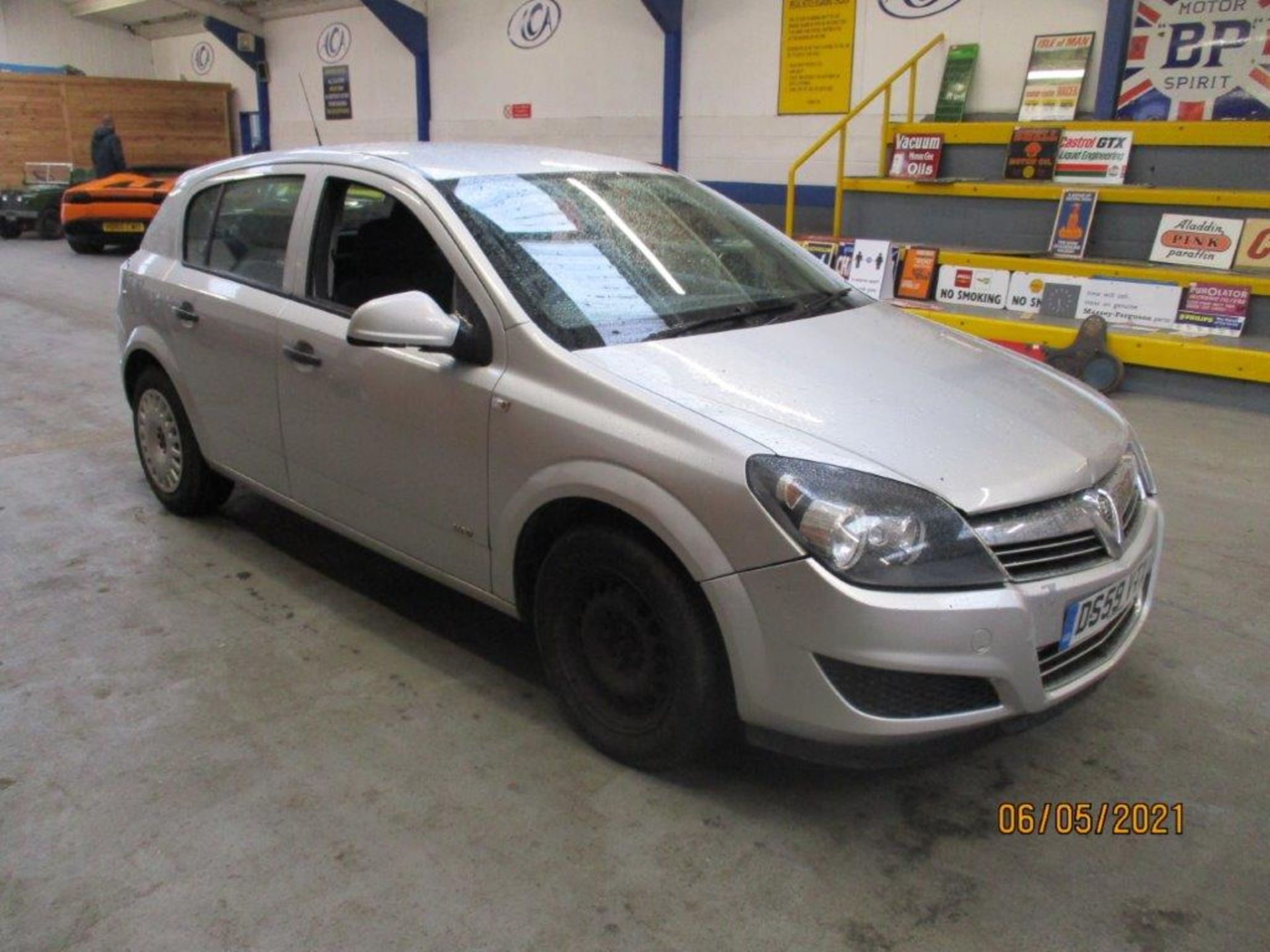 10 59 Vauxhall Astra Life - Image 3 of 14