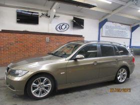 06 06 BMW 320D SE Estate Auto