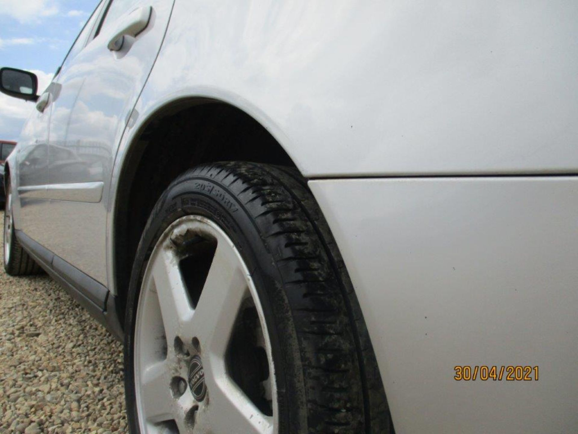 06 06 Volvo V50 SE D (E4) Est - Image 2 of 26