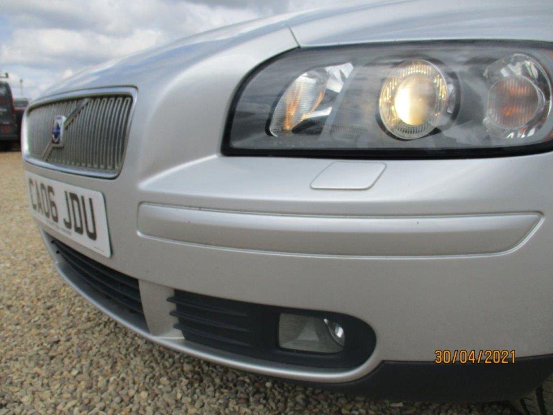 06 06 Volvo V50 SE D (E4) Est - Image 7 of 26