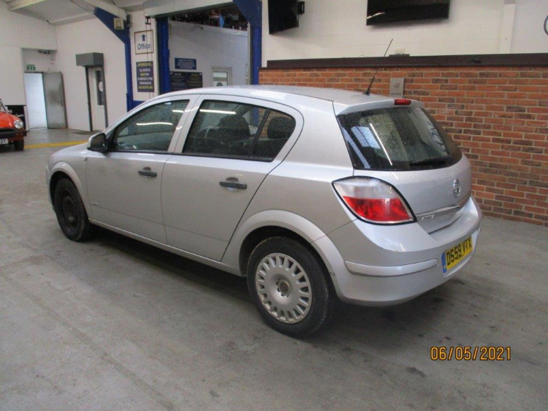 10 59 Vauxhall Astra Life - Image 4 of 14