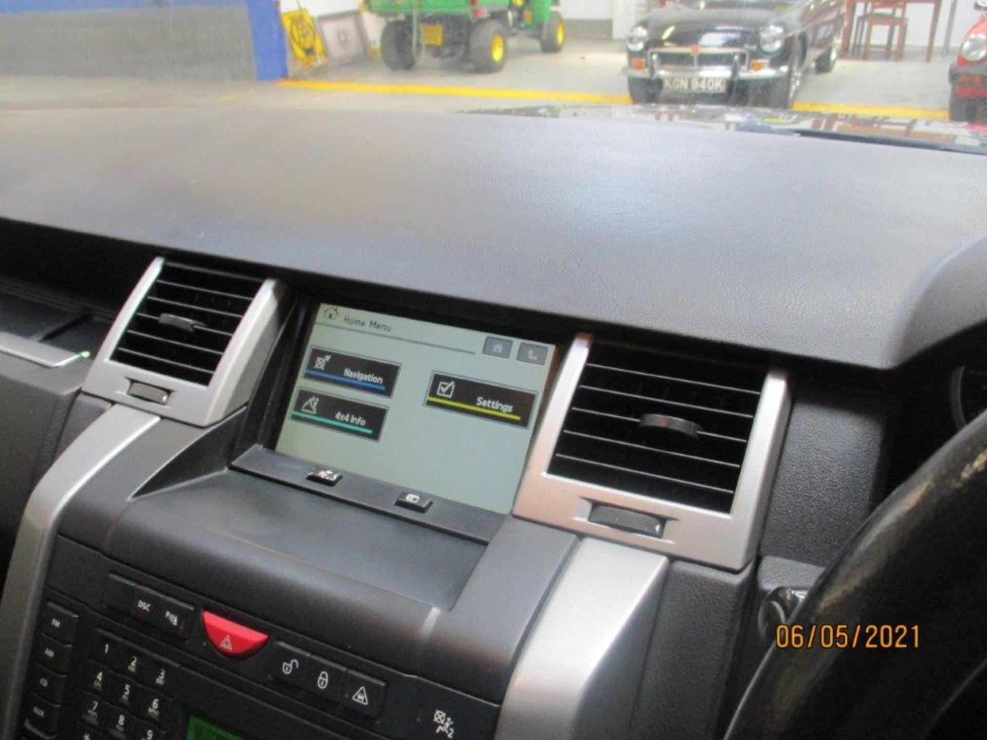 08 08 R/R Sport HSE TDV8 Auto - Image 9 of 19