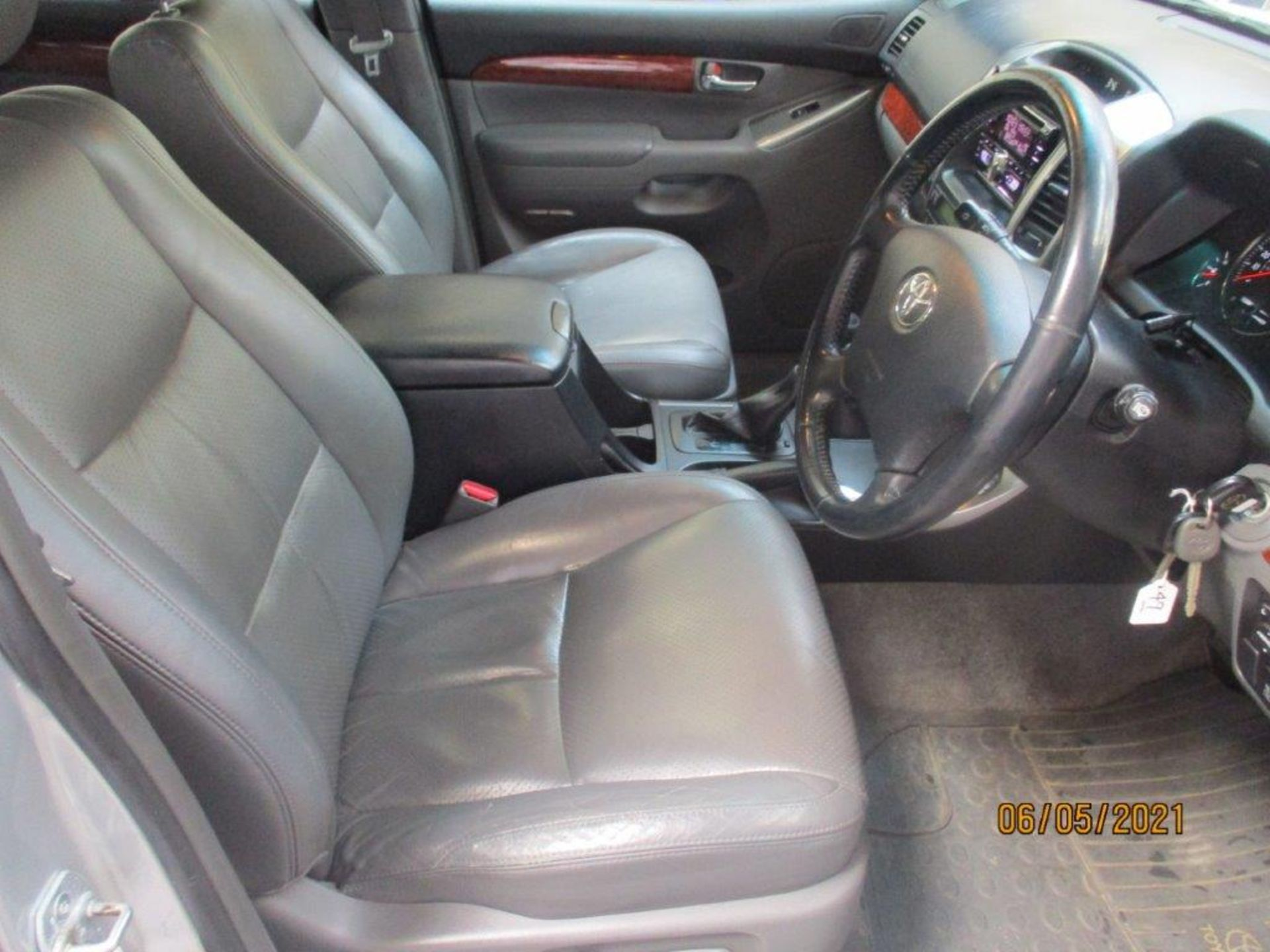 07 57 Toyota L/Cruiser LC4 D 4D - Image 11 of 32