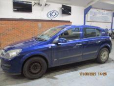 56 06 Vauxhall Astra Life