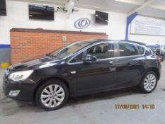 61 11 Vauxhall Astra Elite CDTI