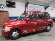 07 07 London Taxis Int TX4 Silver