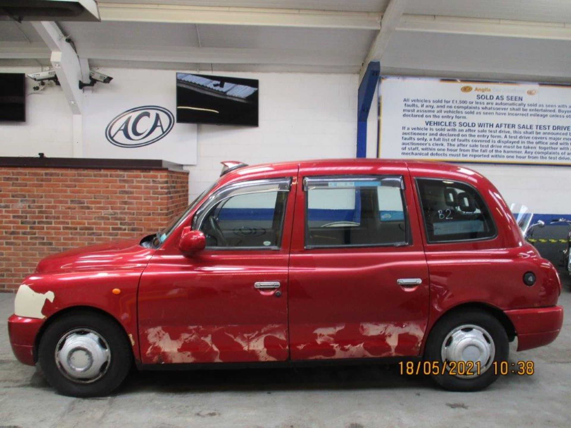 07 07 London Taxis Int TX4 Silver - Image 2 of 20