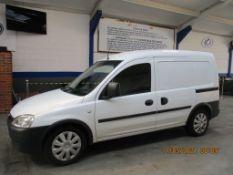 10 10 Vauxhall Combo 2000 CDTI