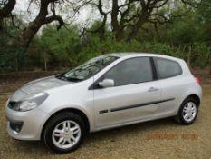 07 07 Renault Clio Rip Curl