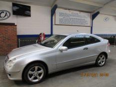 56 06 Mercedes C200 CDI SE