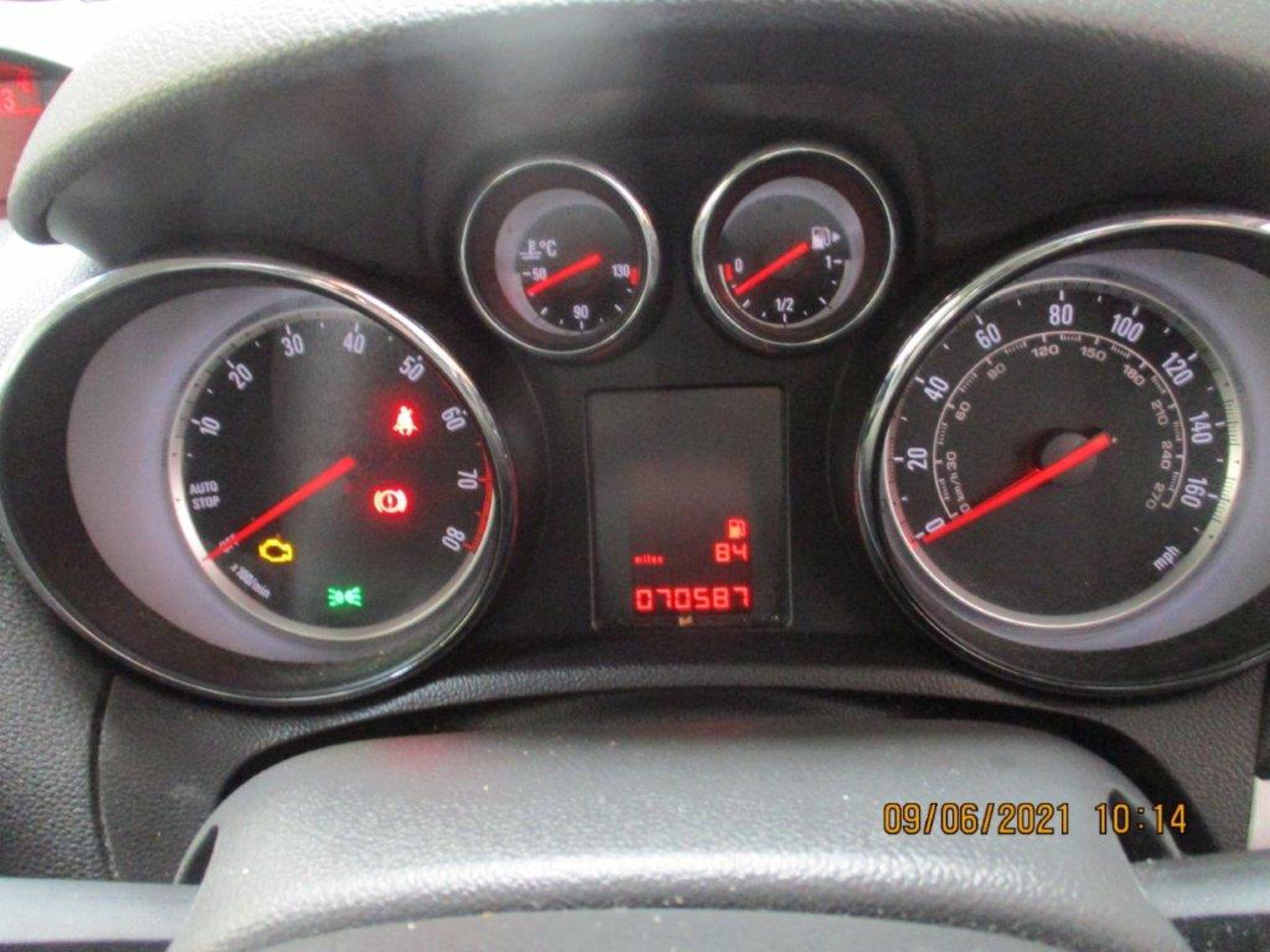 14 14 Vauxhall Mokka Exclusive - Image 21 of 26