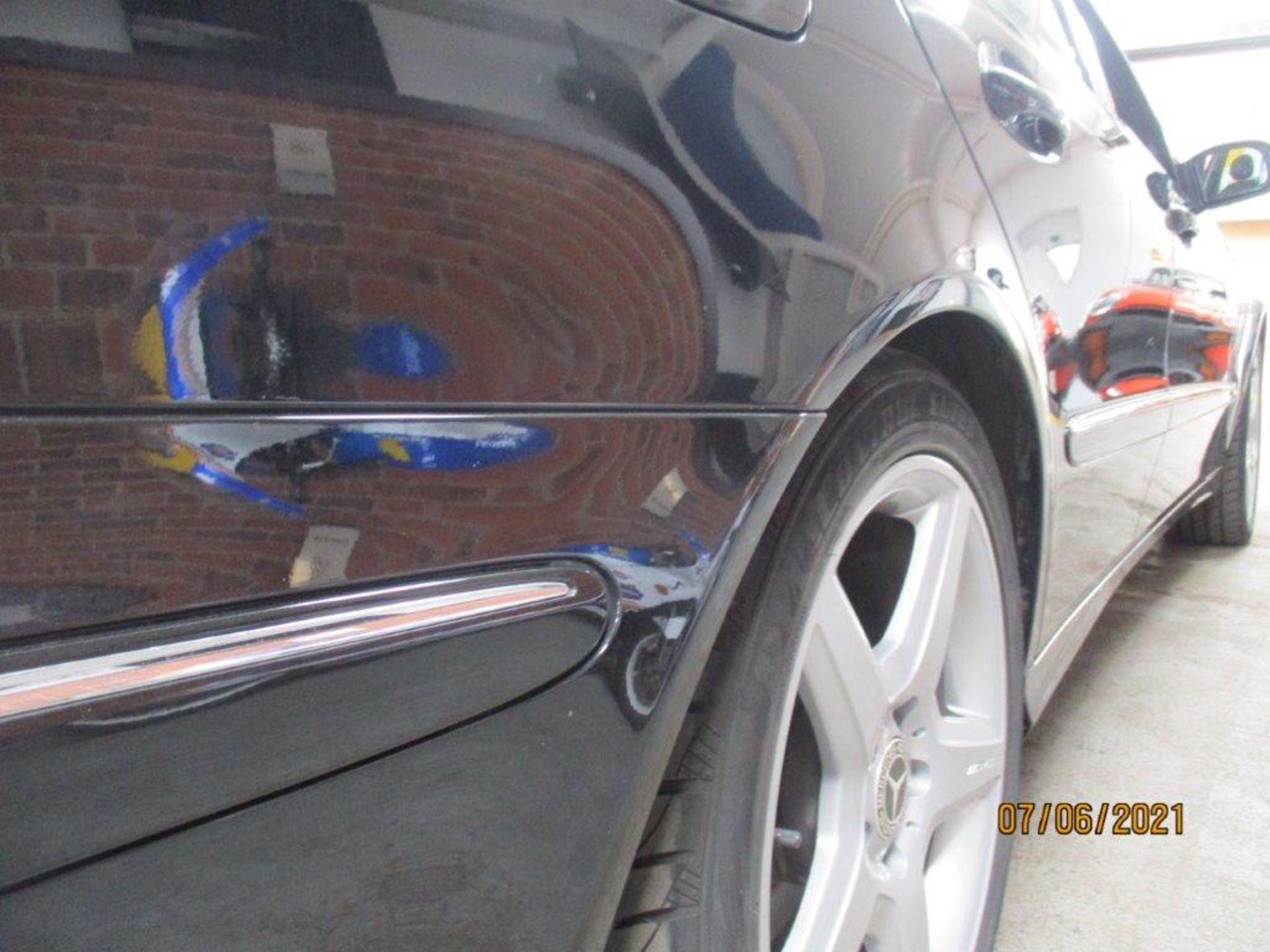 55 05 Mercedes E320 CDI Avantagarde - Image 9 of 19