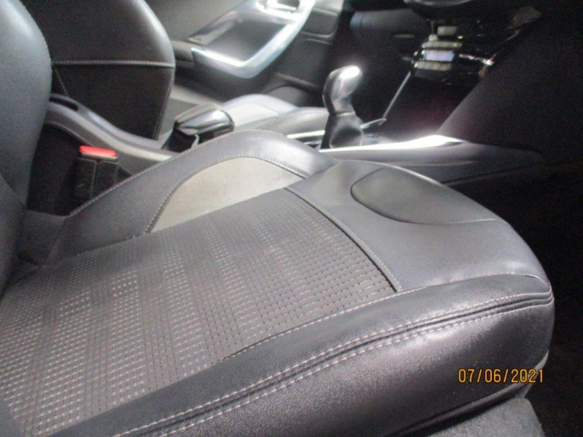 64 15 Peugeot 2008 Allure E-HDI - Image 22 of 25