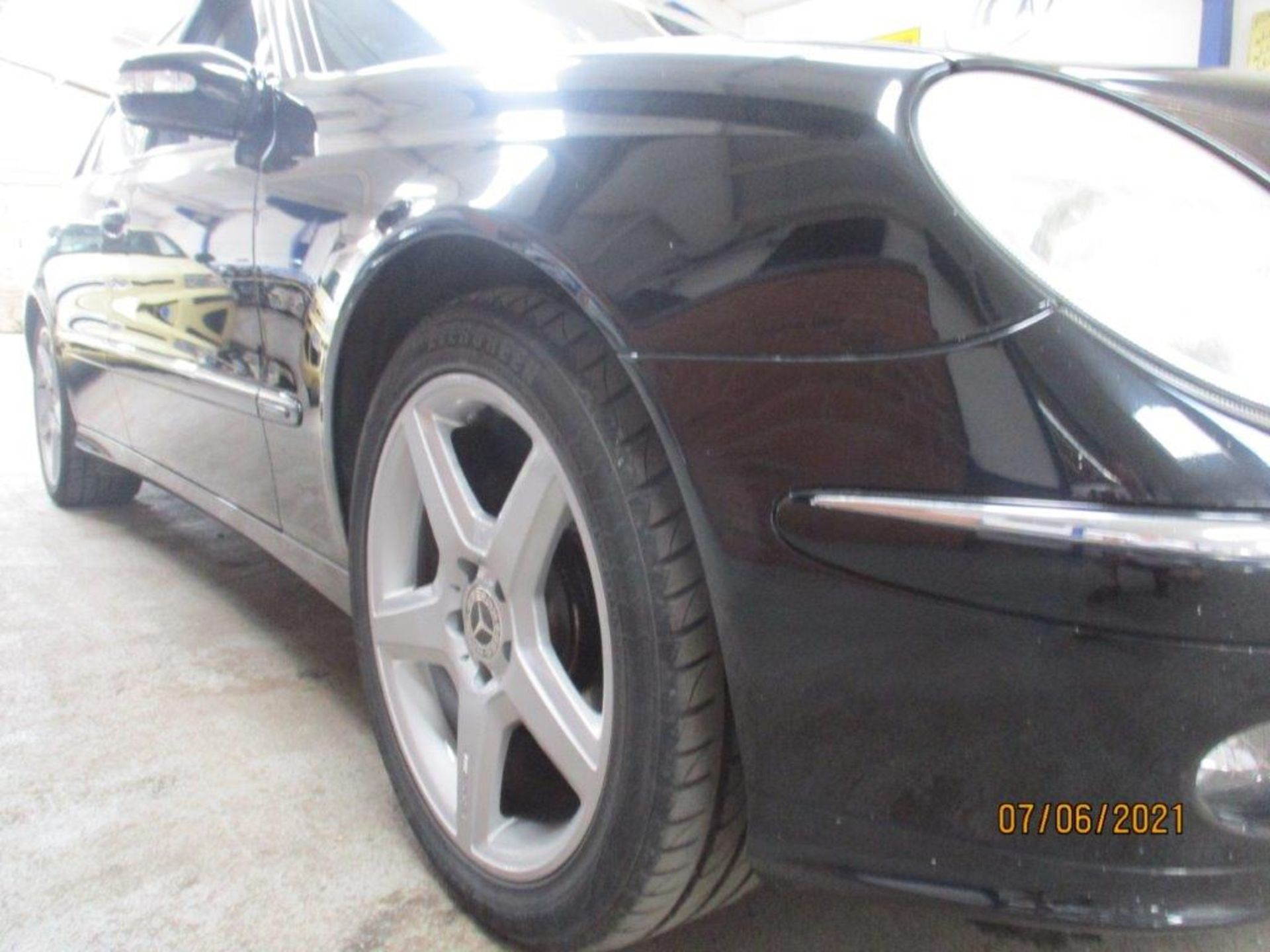 55 05 Mercedes E320 CDI Avantagarde - Image 15 of 19