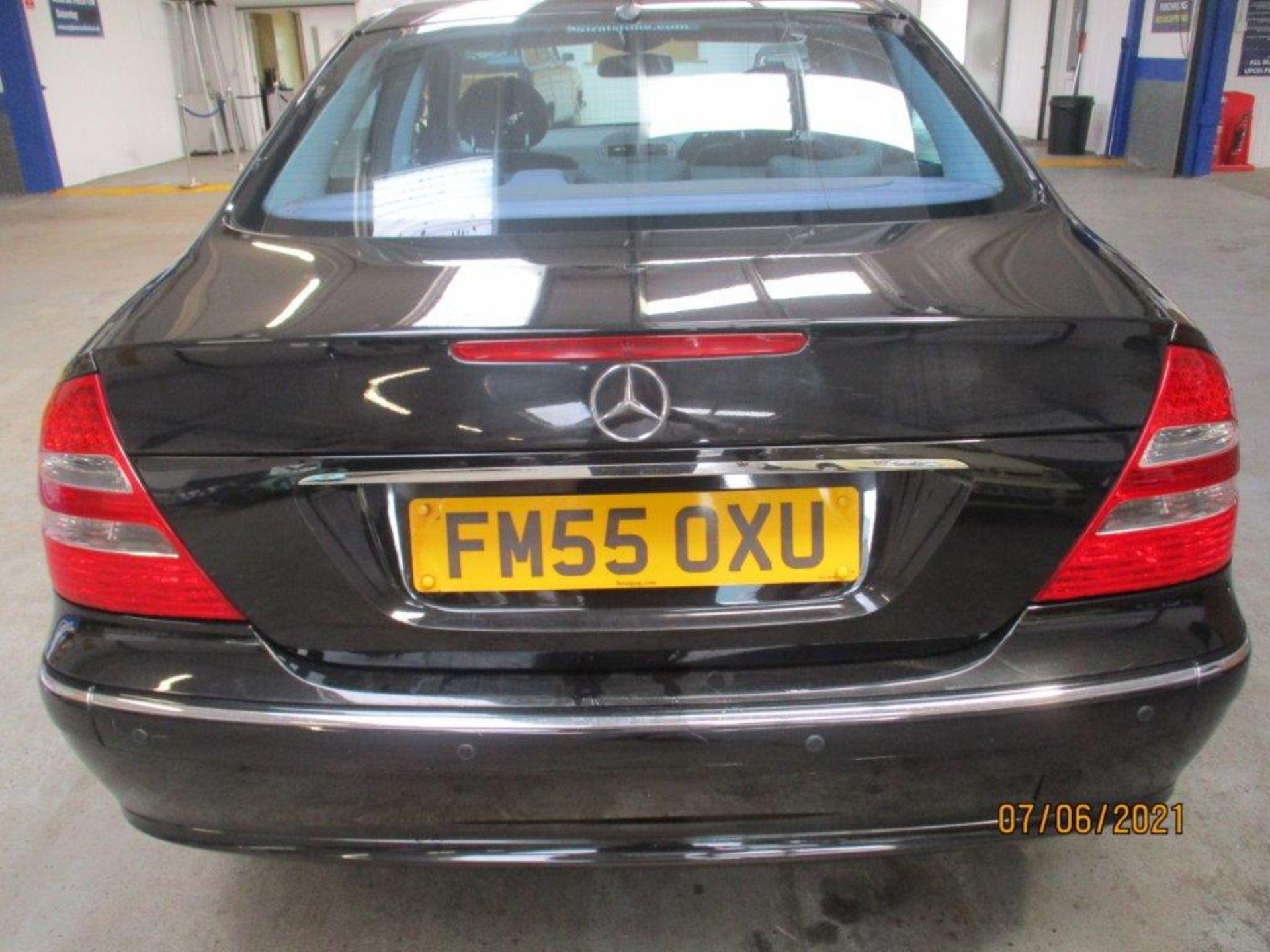 55 05 Mercedes E320 CDI Avantagarde - Image 2 of 19