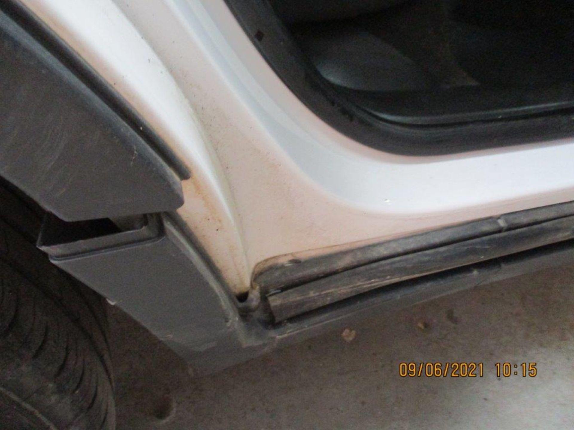 14 14 Vauxhall Mokka Exclusive - Image 7 of 26