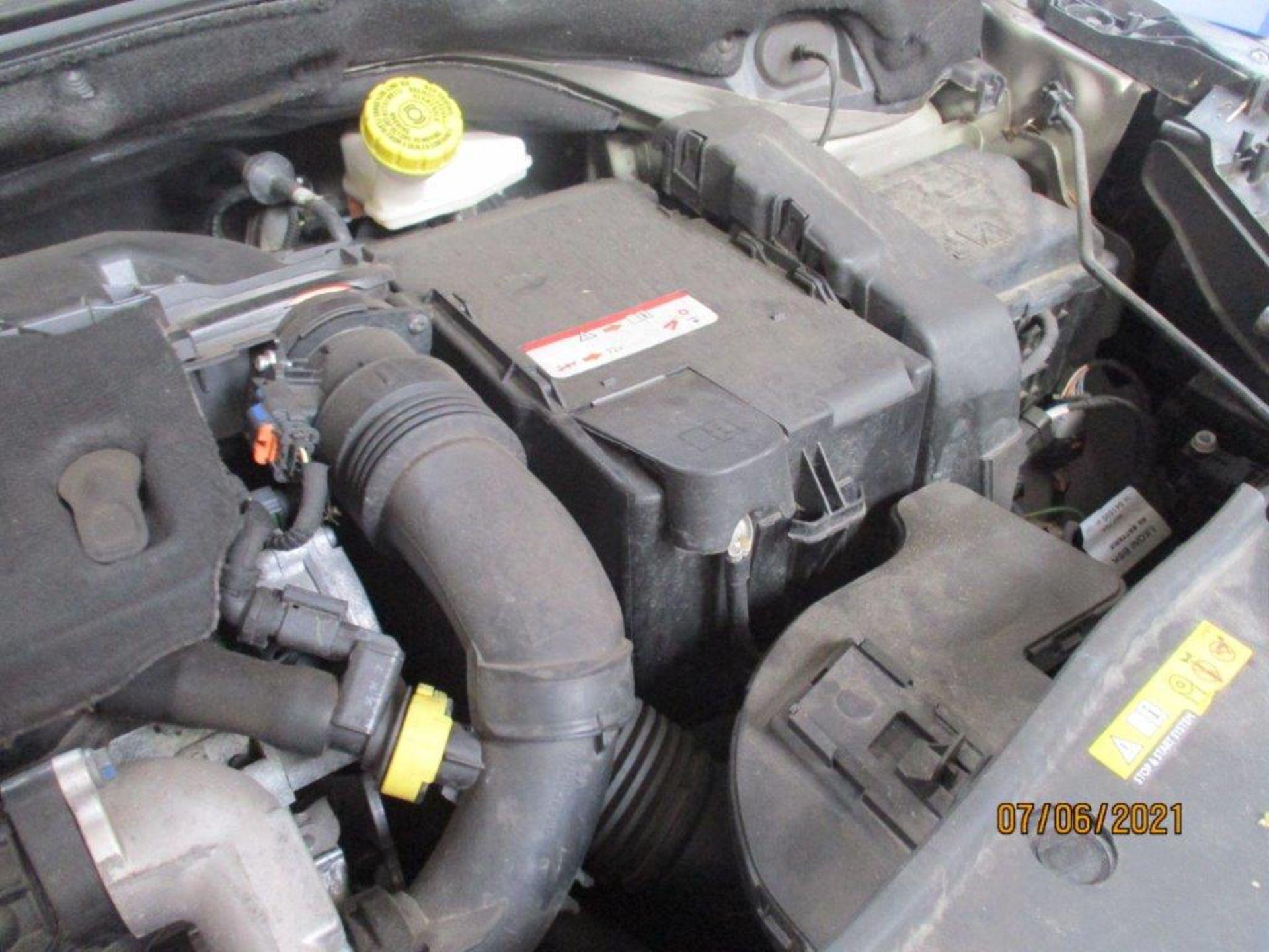 64 15 Peugeot 2008 Allure E-HDI - Image 23 of 25