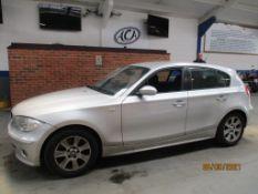05 05 BMW 120I SE