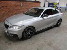 15 15 BMW M235i