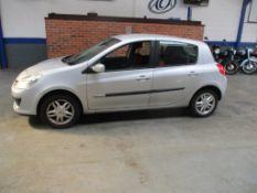 08 08 Renault Clio RIP Curl 16V