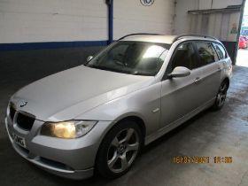 56 06 BMW 318D ES Touring