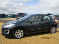 12 12 Peugeot 308 Active HDI