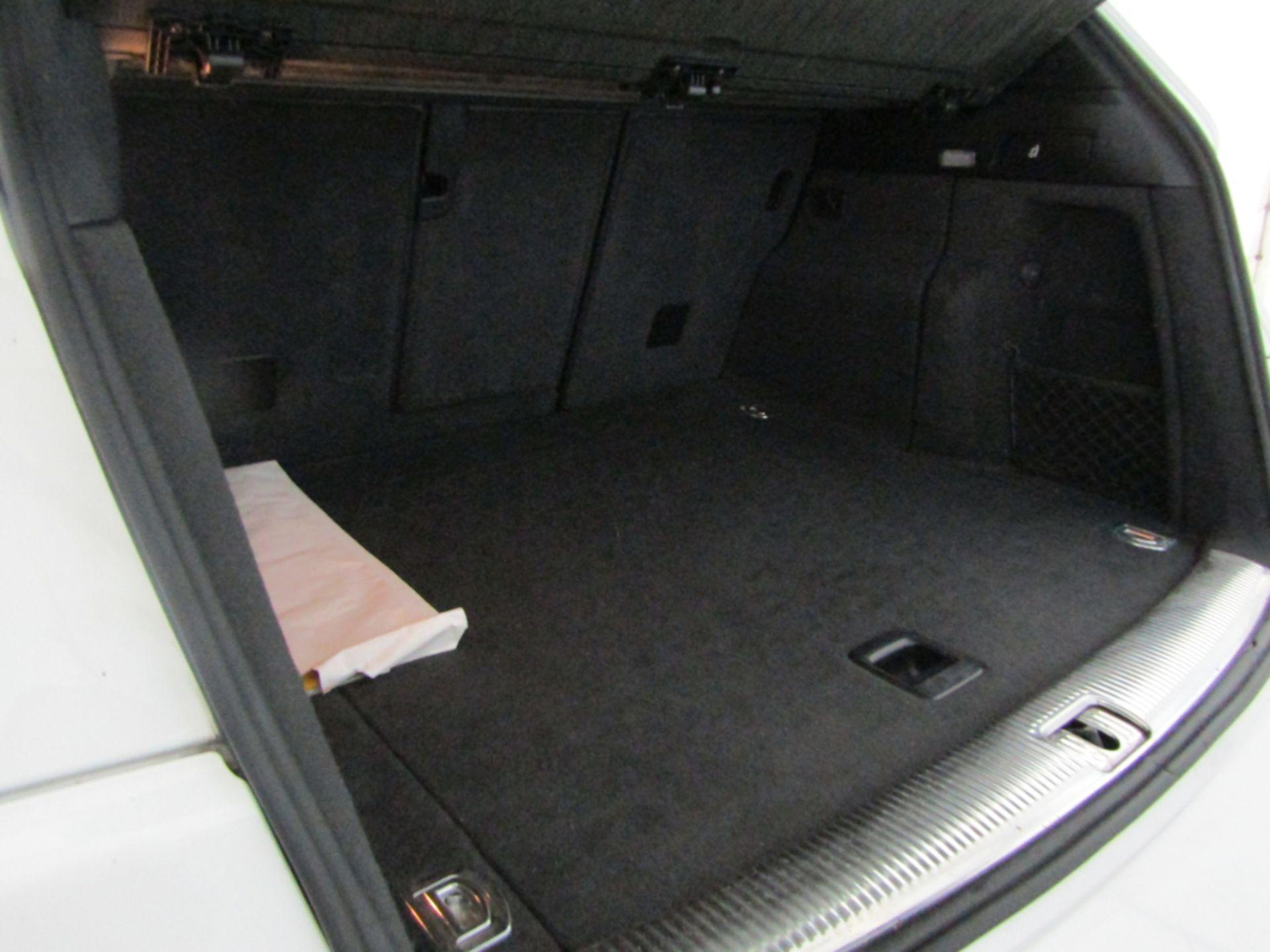 09 09 Audi Q5 S Line TFSI Quattro - Image 9 of 17