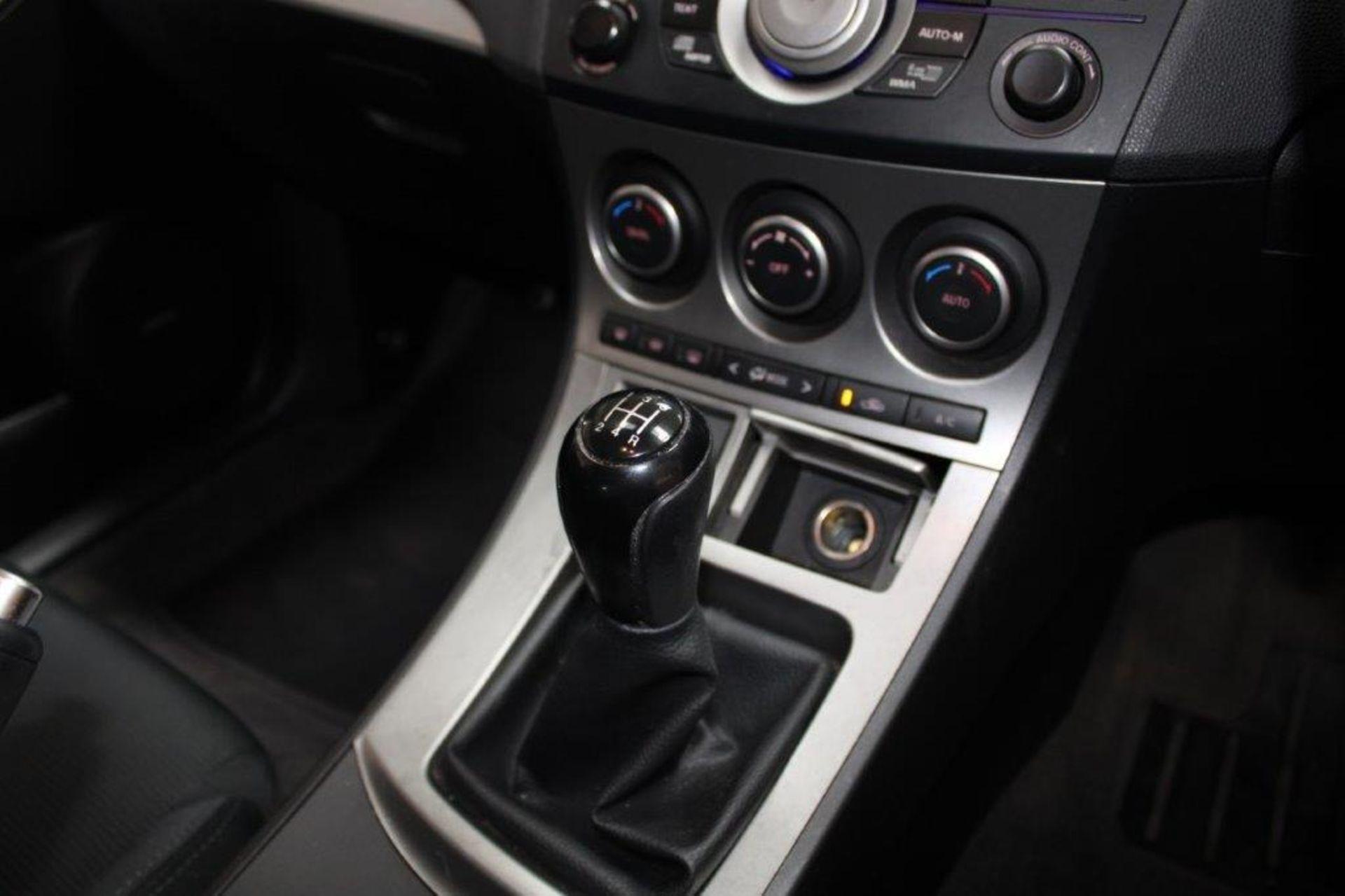 60 11 Mazda 3 Sport - Image 26 of 26