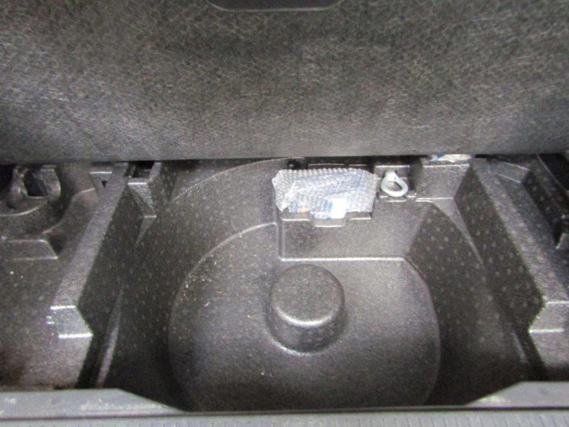 58 08 Vauxhall Meriva Design - Image 23 of 25