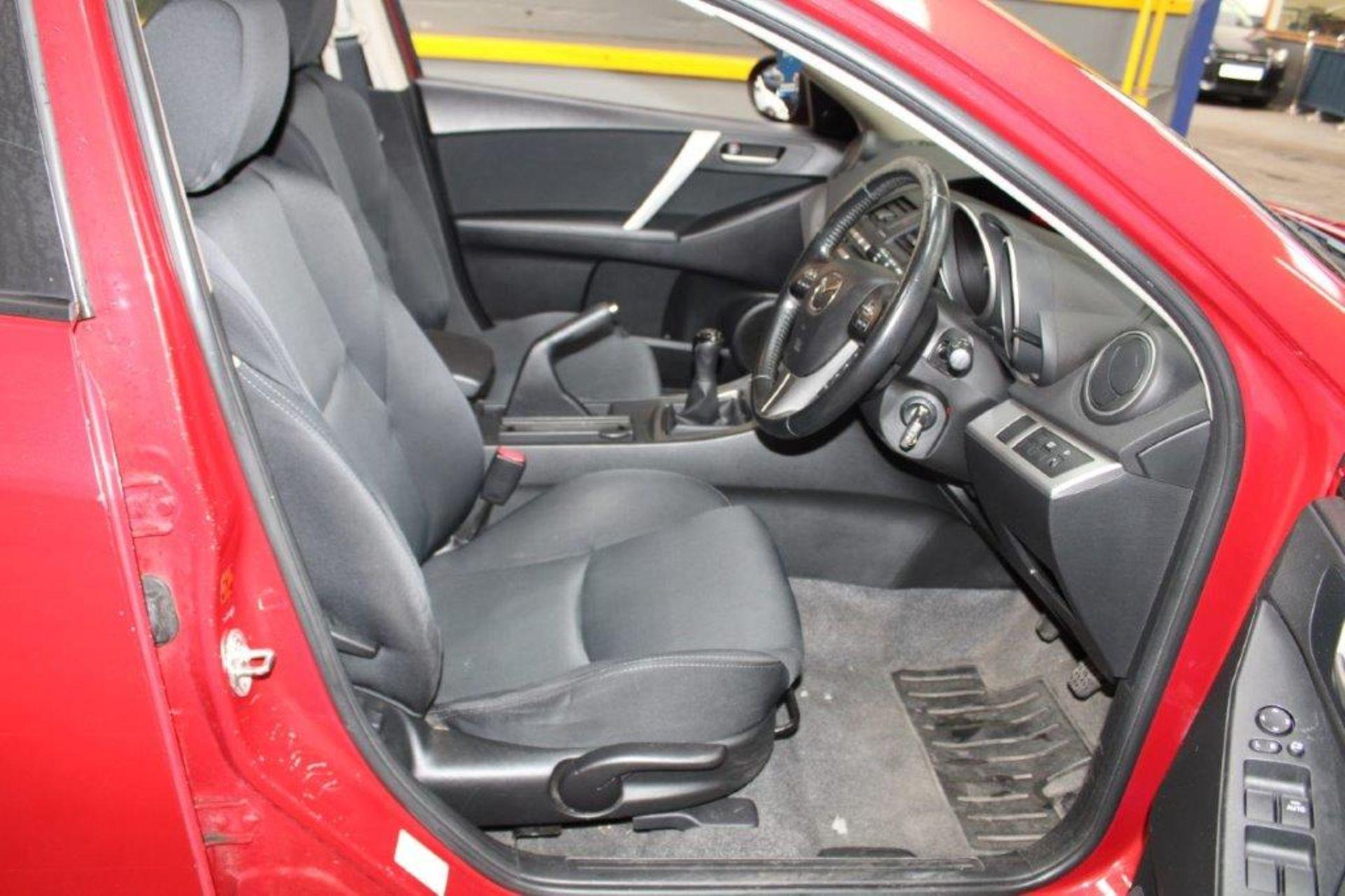 60 11 Mazda 3 Sport - Image 5 of 26