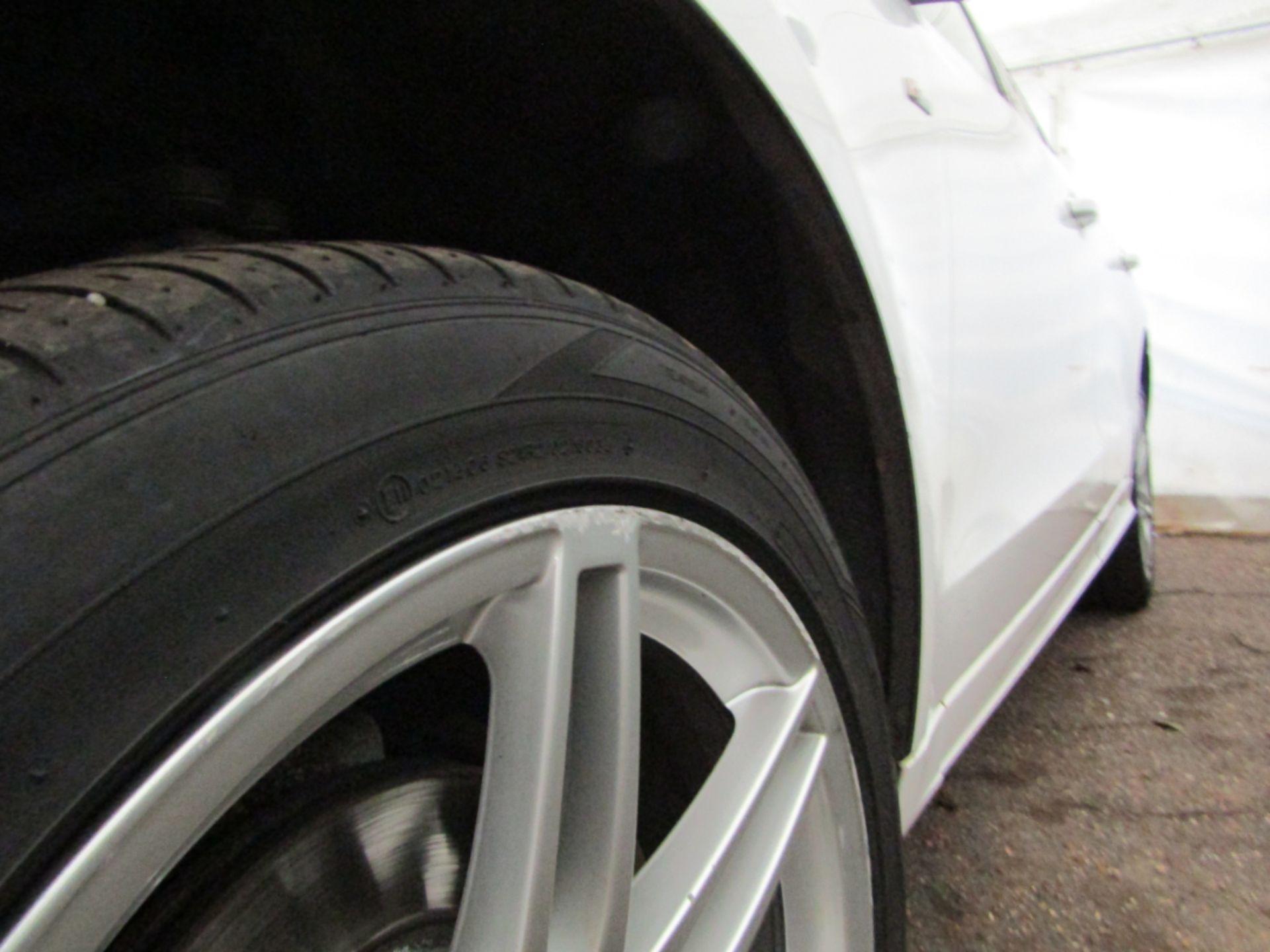 09 09 Audi Q5 S Line TFSI Quattro - Image 16 of 17