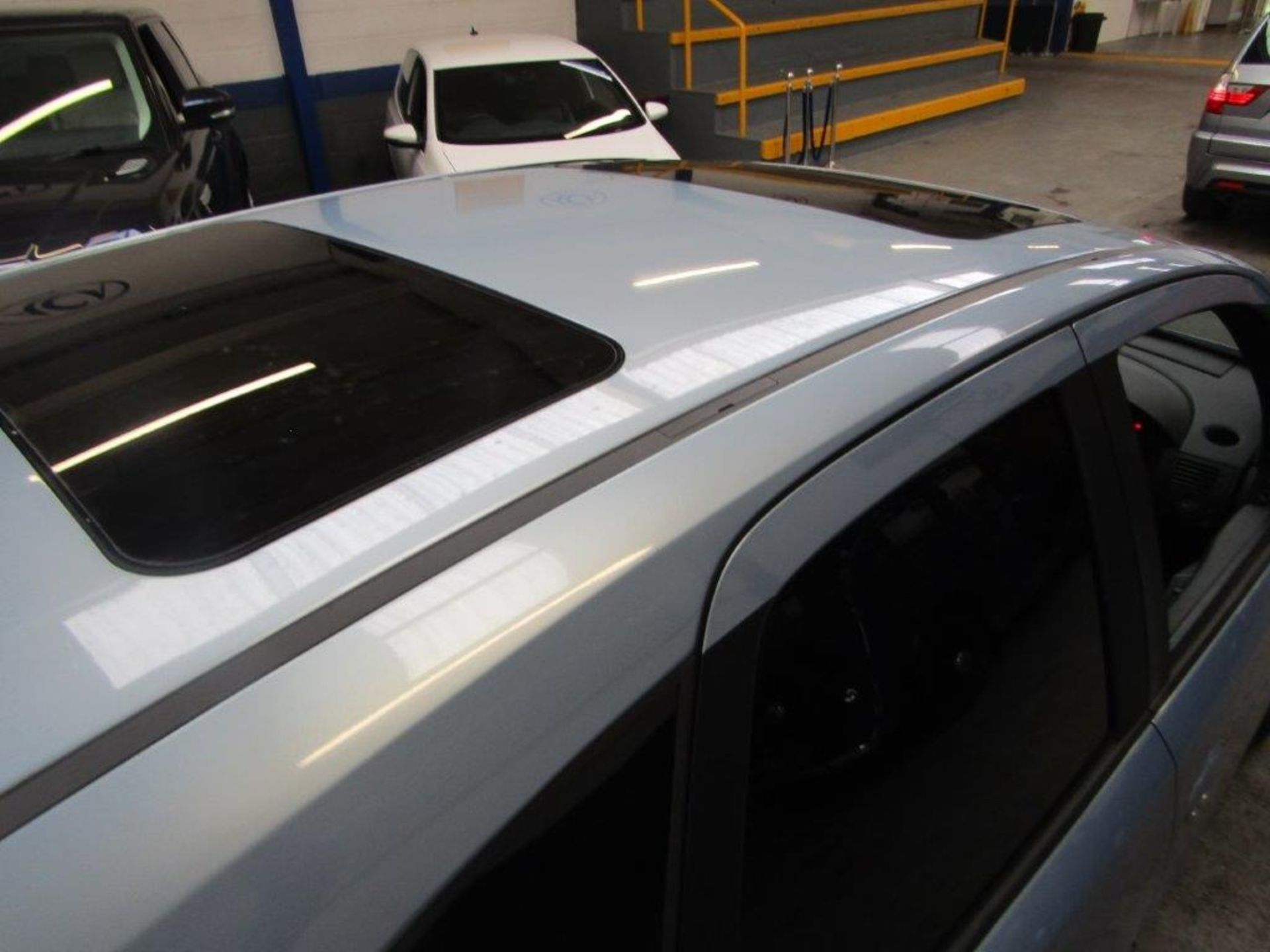 58 08 Vauxhall Meriva Design - Image 15 of 25