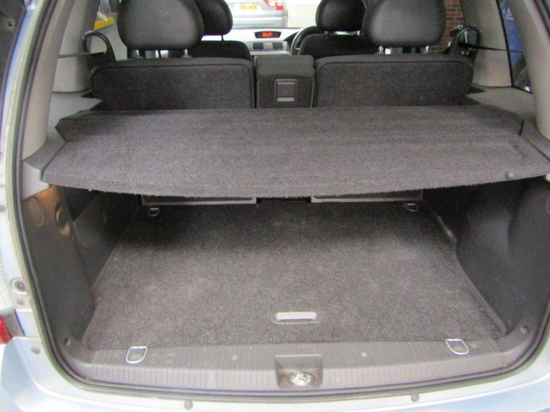 58 08 Vauxhall Meriva Design - Image 24 of 25
