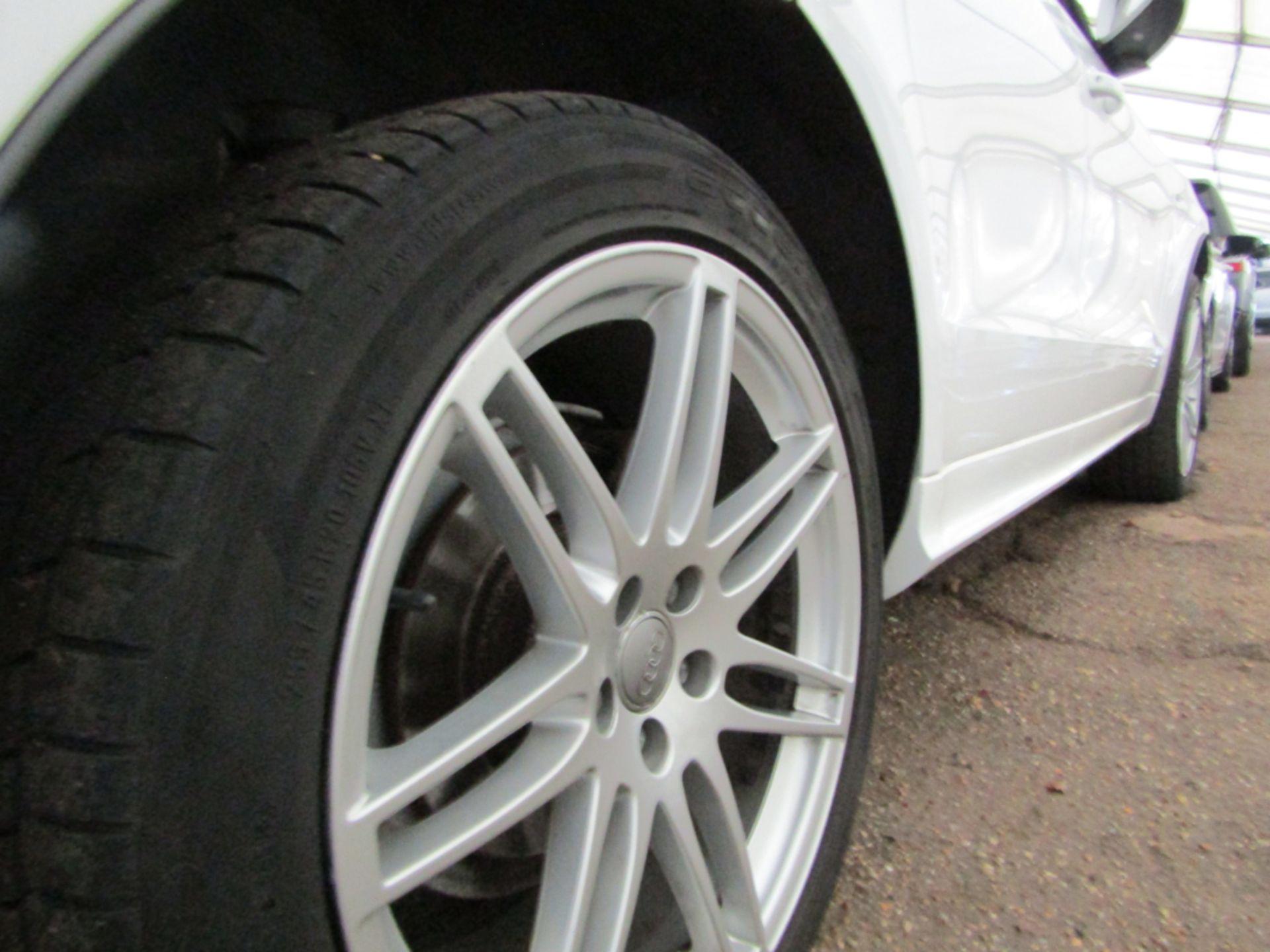 09 09 Audi Q5 S Line TFSI Quattro - Image 13 of 17