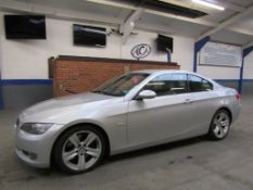 56 06 BMW 330d SE Auto