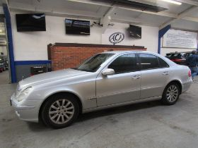 03 03 Mercedes E220 CDI Elegance A
