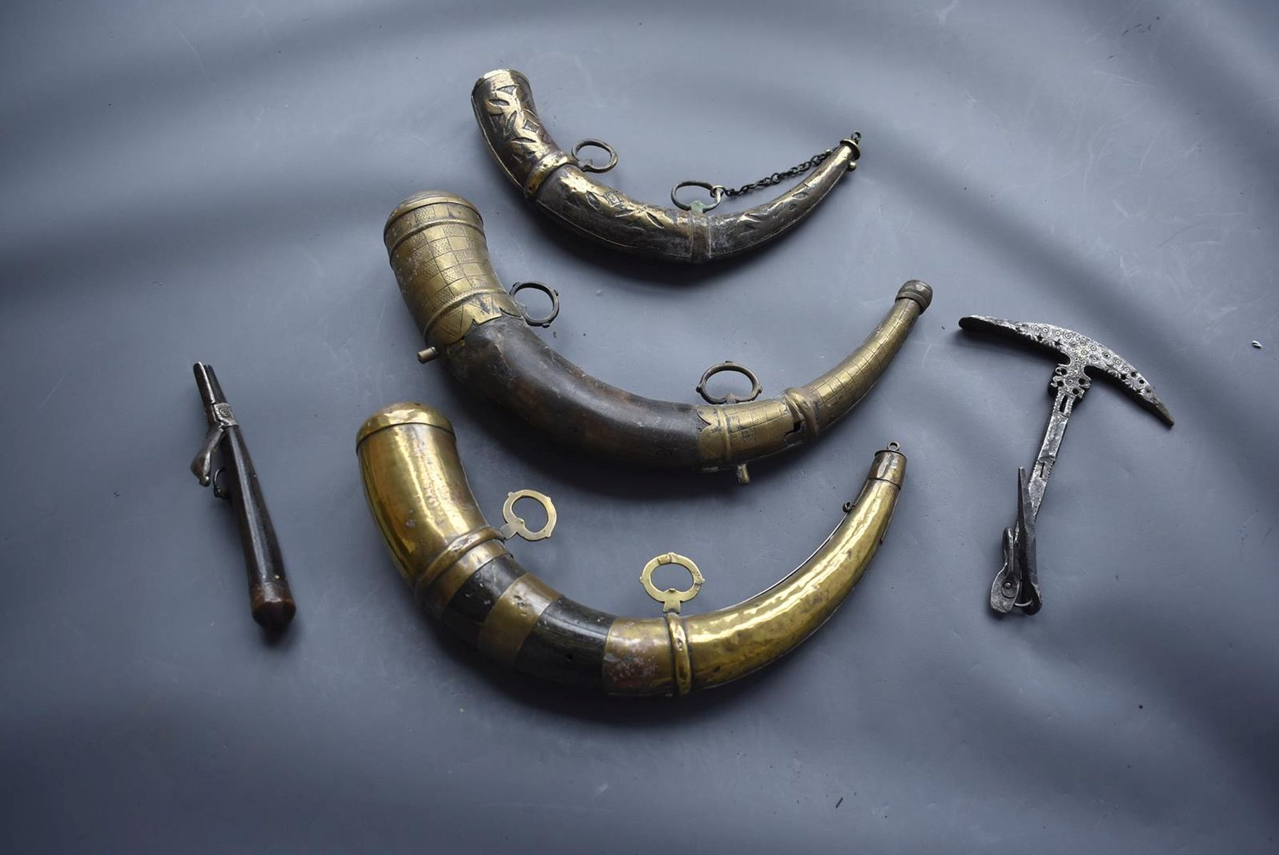 THREE VARIOUS NORTH AFRICAN POWDER HORNS, each of natural curving form with ornate brass mounts, - Image 11 of 11