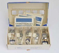 """Casio, Händlerbox mit 5 Digitaluhren """"CASIOTRON  X 1"""""""