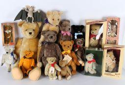Stofftier Konvolut von 17 Teddybären / Bären, stuffed animals,
