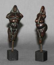 """Metall. Bronze. Skulptur. Arens, Ekkehard. """"Sion und Venus"""" (Frauen und Männertorso). Zwei kleine Br"""