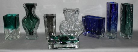 Glas. Deutschland. Ingrid Glashütte. Vasen. Kleine Sammlung von 8 Vasen. Unterschiedliche Formen u.