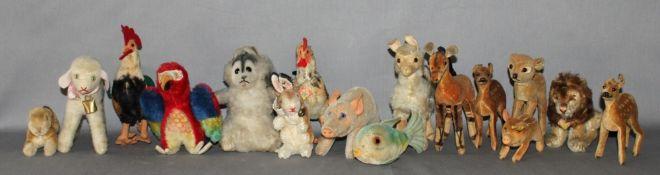 Kinderspielzeug. Steiff. Tiergruppe - Konvolut bestehend aus 14 verschiedenen Tieren (kleine Größen)