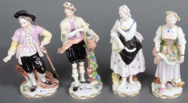 Vier Figuren. Wien 18. Jh. Porzellan, bunt bemalt, am Boden unterglasurblaue Schildmarke, H=21 bis