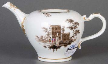 Teekanne ohne Deckel. Wien 1756-57. Porzellan, bunt bemalt mit Architekturansichten, Malerei von